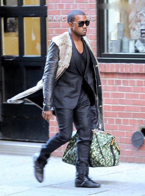 Kanye Louis Vuitton Bag See What Im Talking About Doesnt Really Give Off That Manly Essence Kanye West Style Kanye Fashion Kanye West