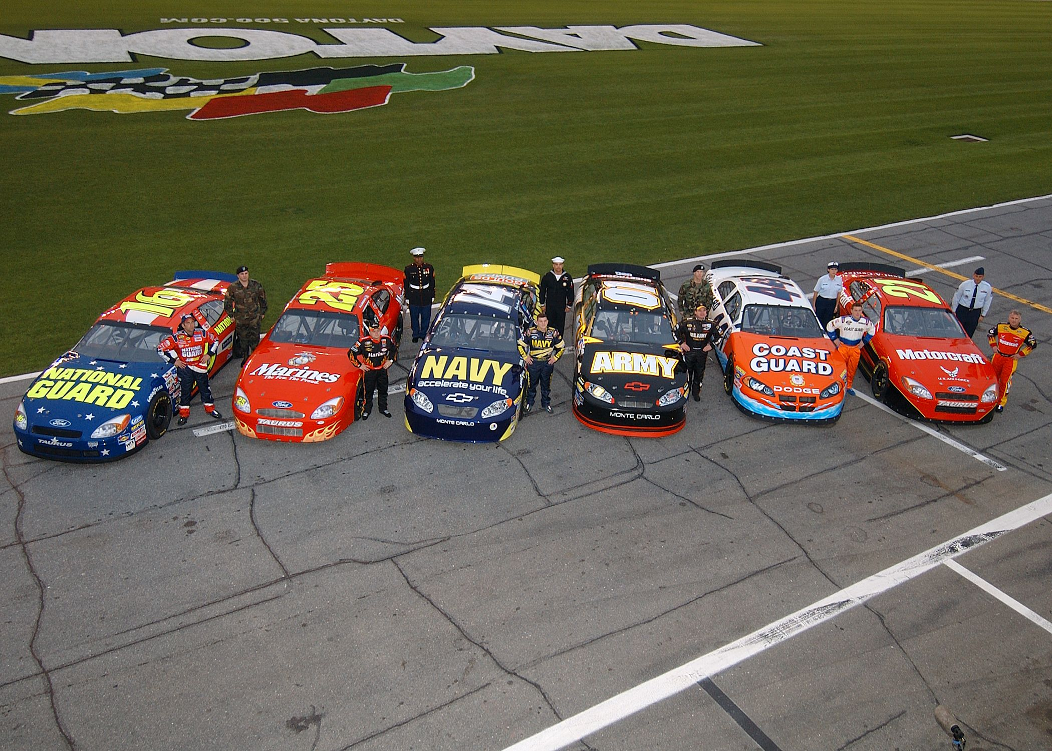 Paint schemes coca cola 600 free download image about all car type - Find This Pin And More On All Auto Racing All The Time