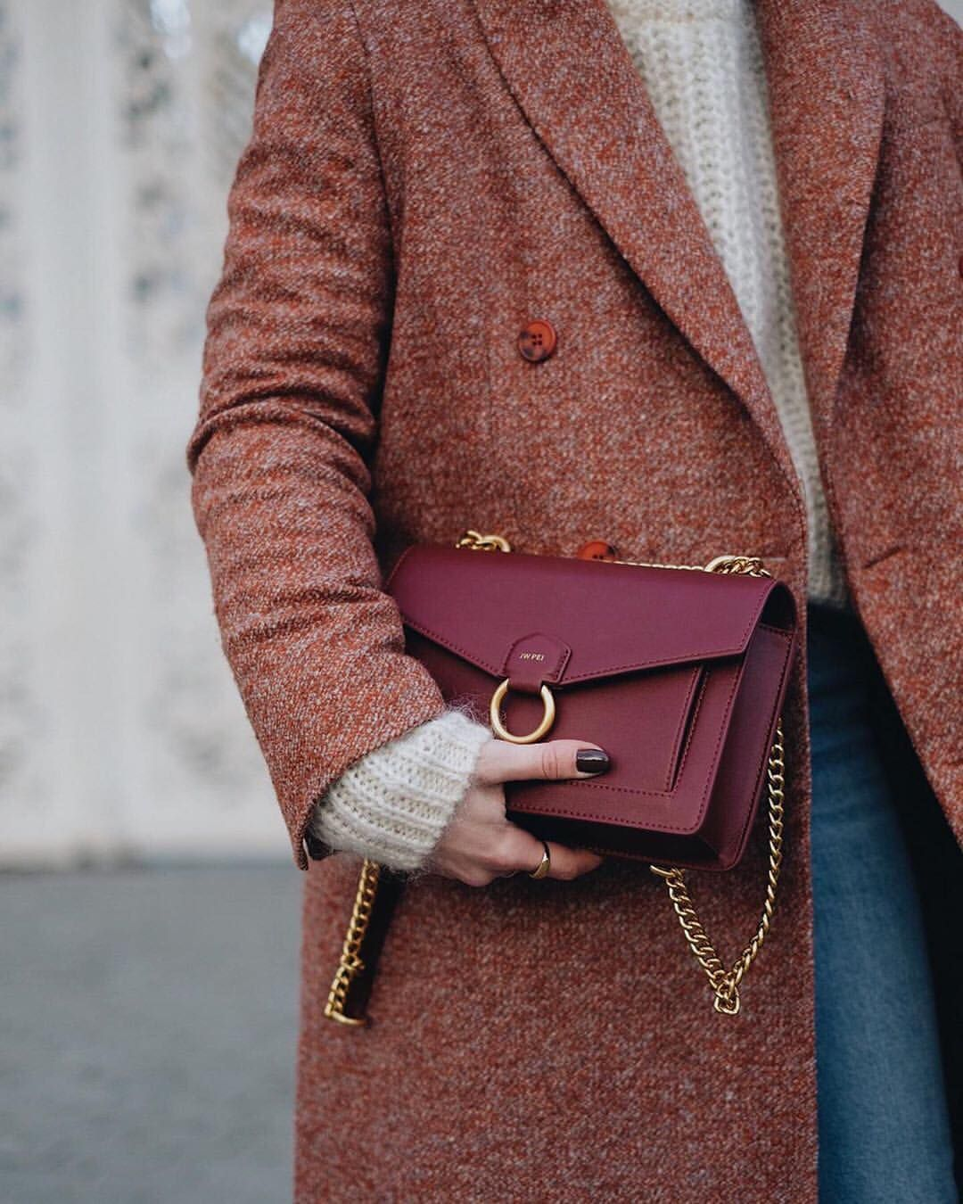 Friday By Jw Pei Fridaybyjwpei On Instagram Back To Layers Photo By Katekavakloglou Winter Purses Red Bags Crossbody