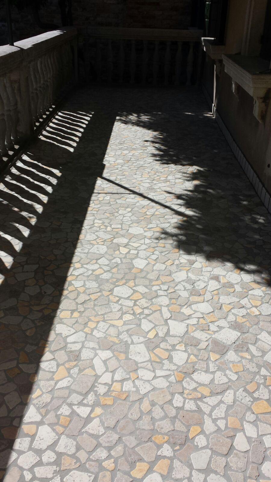 Il pavimento del #terrazzo di un edificio storico a Venezia ...