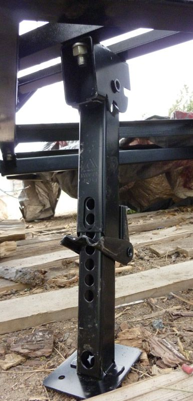 Drop Down Stabilizer Legs | Tear Drop Trailers | Expedition