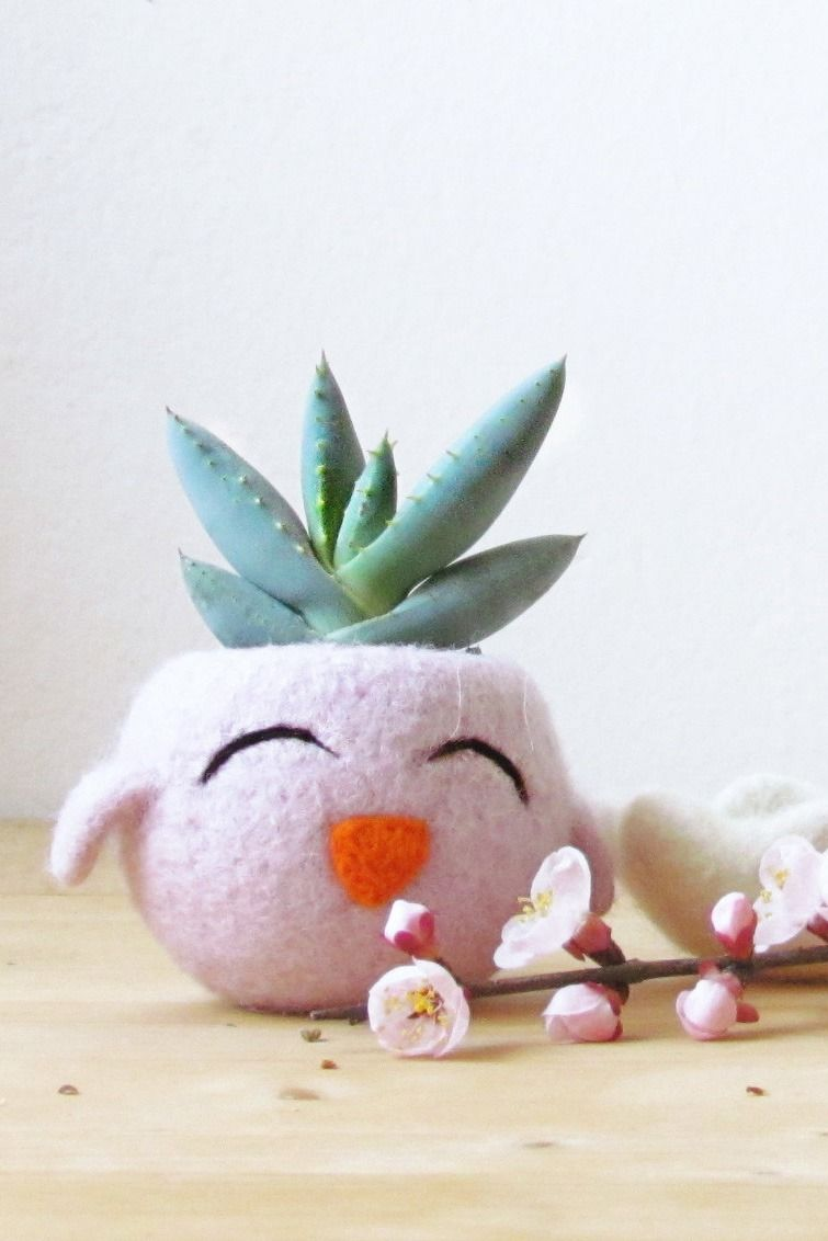 A chick planter. Could this *be* anymore perfect for spring?