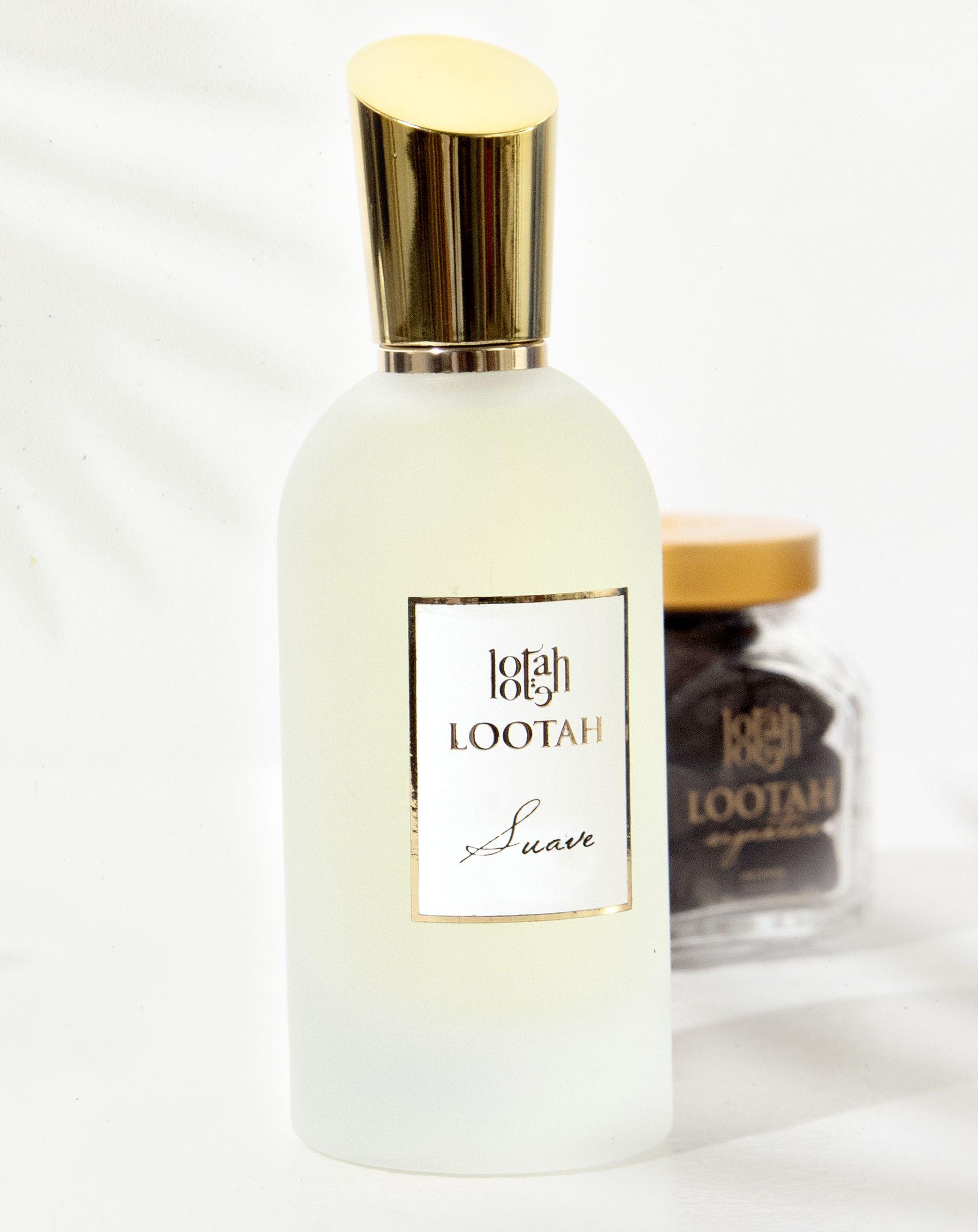 سواف عبق يحكي روايات عطرية من خلال نوتاته الوردية Suave A Perfume That Tells Stories Through Its Captivating Ro Perfume Perfume Bottles Fragrance