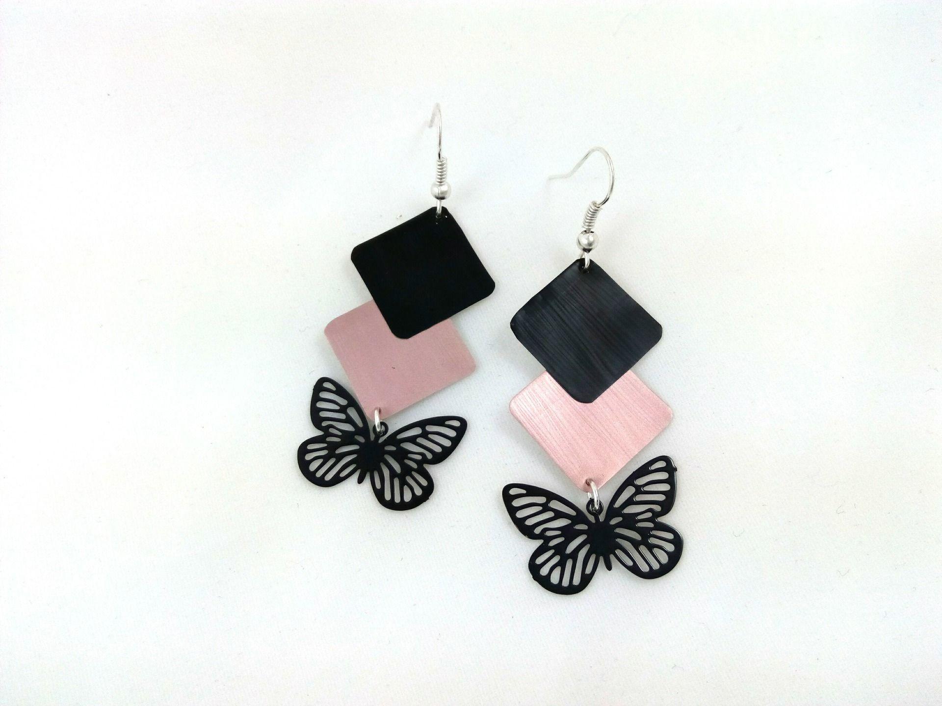 Boucles d oreilles roses et noires en capsule de café Nespresso et papillon  noir eae29996e6c