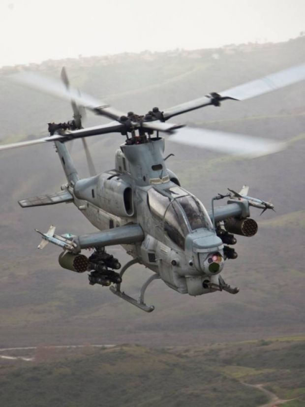 AH-1Z Cobra | Cool Aircraft | Attack helicopter, Military ...