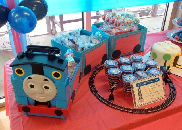 Photo 3 of Thomas the Train party / Birthday \ Choo Choo. Make Way for a Thomas Party\  & Resultado de imagen para candy bar de thomas y sus amigos | Party ...
