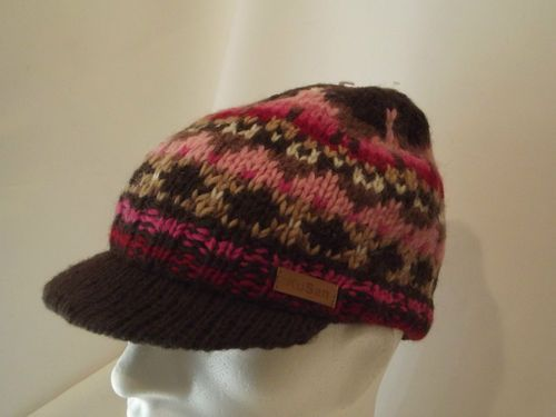 Mens Kusan Hand Knitted Wool Peaked Beanie Hat (SW04)  b0451198842