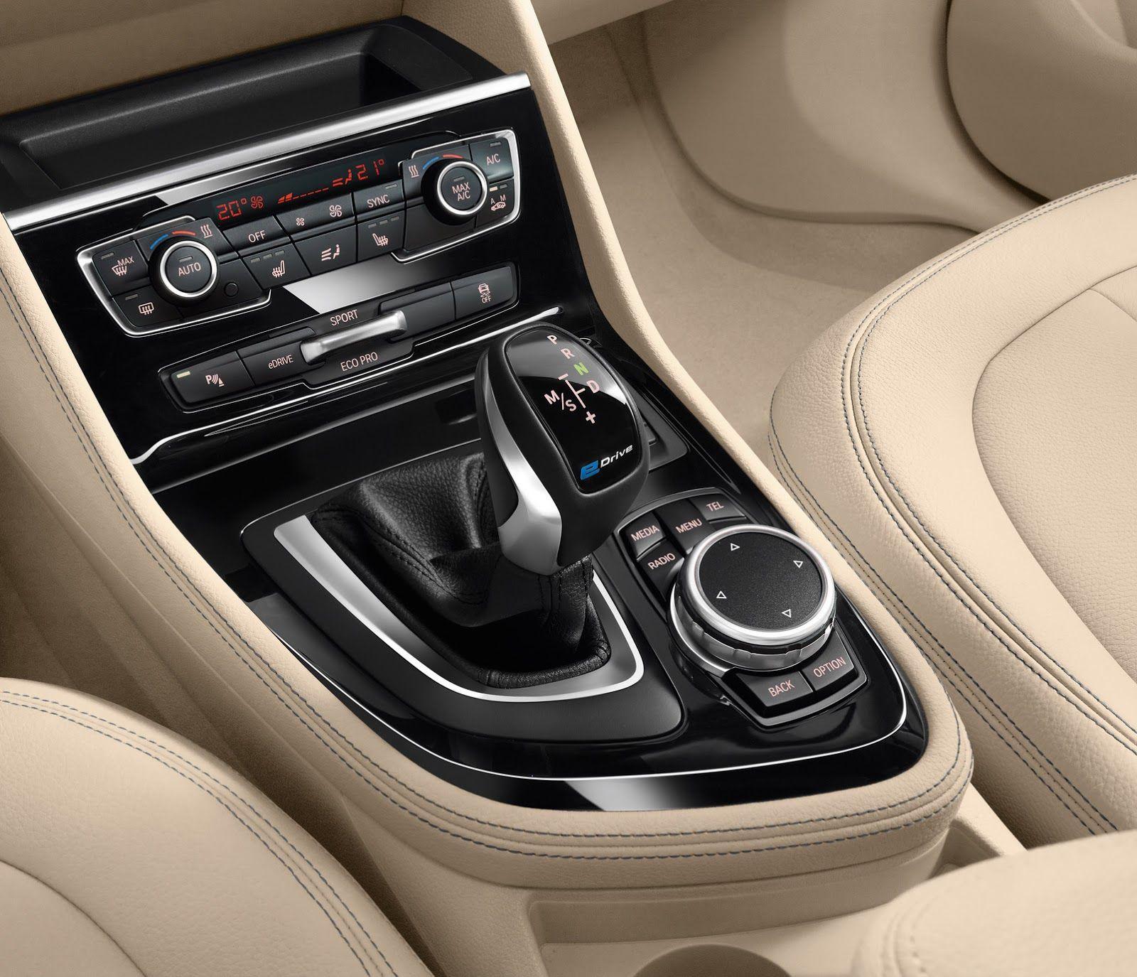 New Bmw 225xe Active Tourer Is An Awd Plug In Hybrid Minivan Carscoops New Bmw Bmw Hybrid Bmw