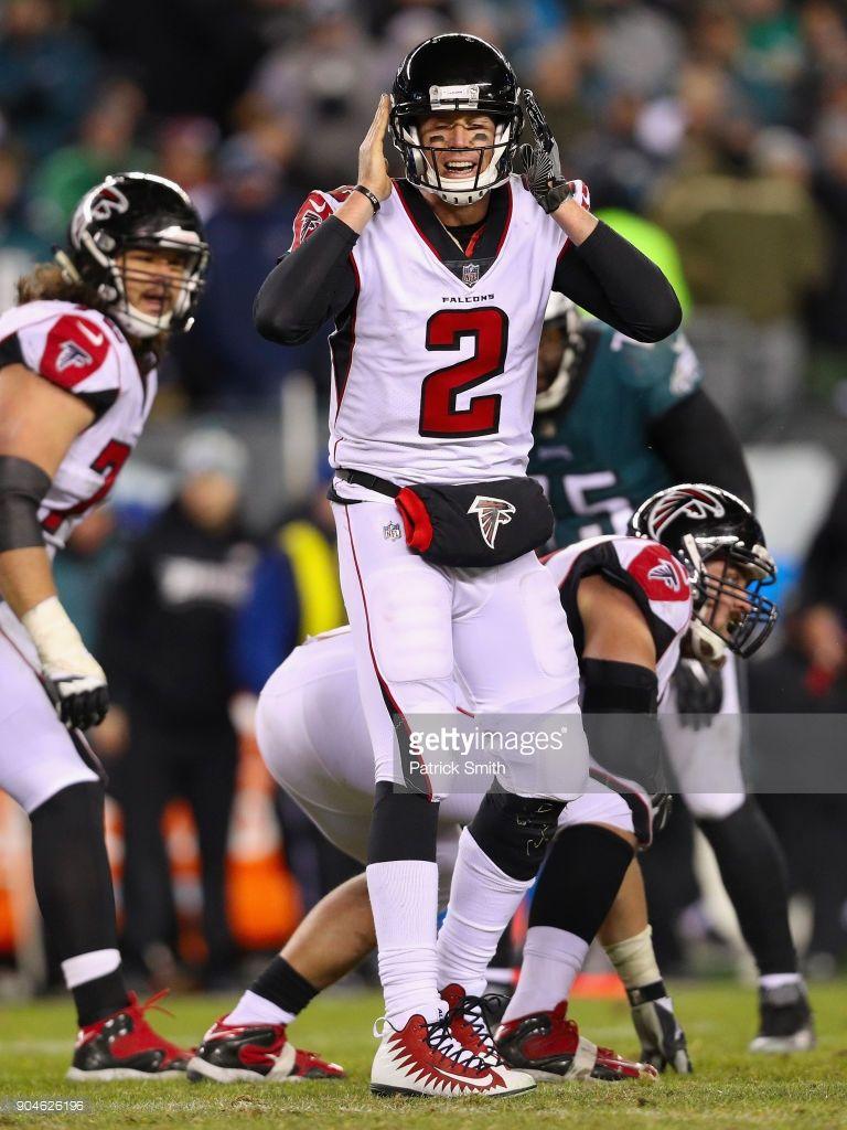News Photo Matt Ryan Of The Atlanta Falcons Calls A Play Matt Ryan Atlanta Atlanta Falcons