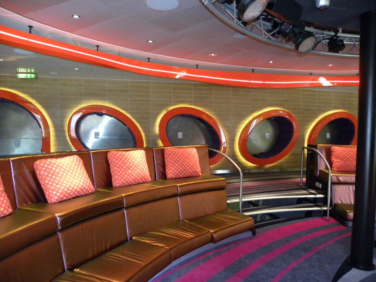 Disney Dream Interiors And Indoor Common Areas Disney Dreams - Cruise ships for teens