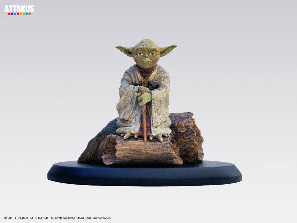 Estatua Star Wars. Yoda 9 cm. Elite Collection. Escala 1/10. Attakus Preciosa estatua fabricada en poliresina de alta calidad a escala 1/10 del Jedi Yoda de 9 cm de altura. Es un finalizado, pintado y numerado a mano y con una edición limitada a 1500 unidades de fabricación mundial.
