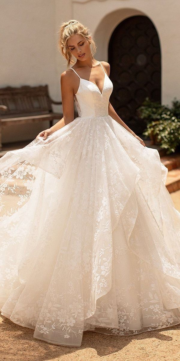 Pin By Mariah Hadley On Gowns In 2020 Plain Wedding Dress Ball Gown Wedding Dress Bridal Dresses