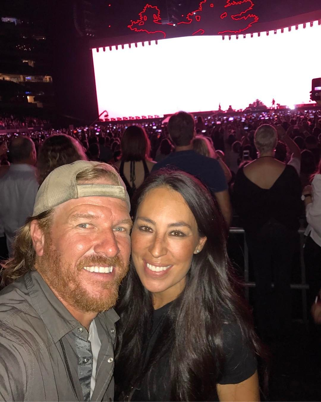 Chip Gaines Shuts Down Divorce Rumors With 3 Simple Words Chip