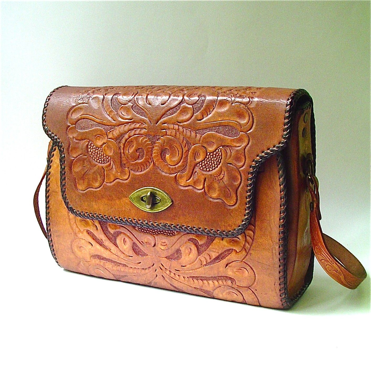 Vintage Handbags 60s Western Hand Tooled Leather Purse By Skinnyandbernie