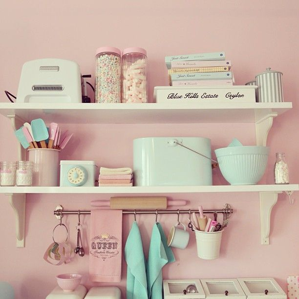 Elegant Such A Cute Little Kitchen Arrangements   Pastels Give Any Kitchen A Retro  Look. Nice Design
