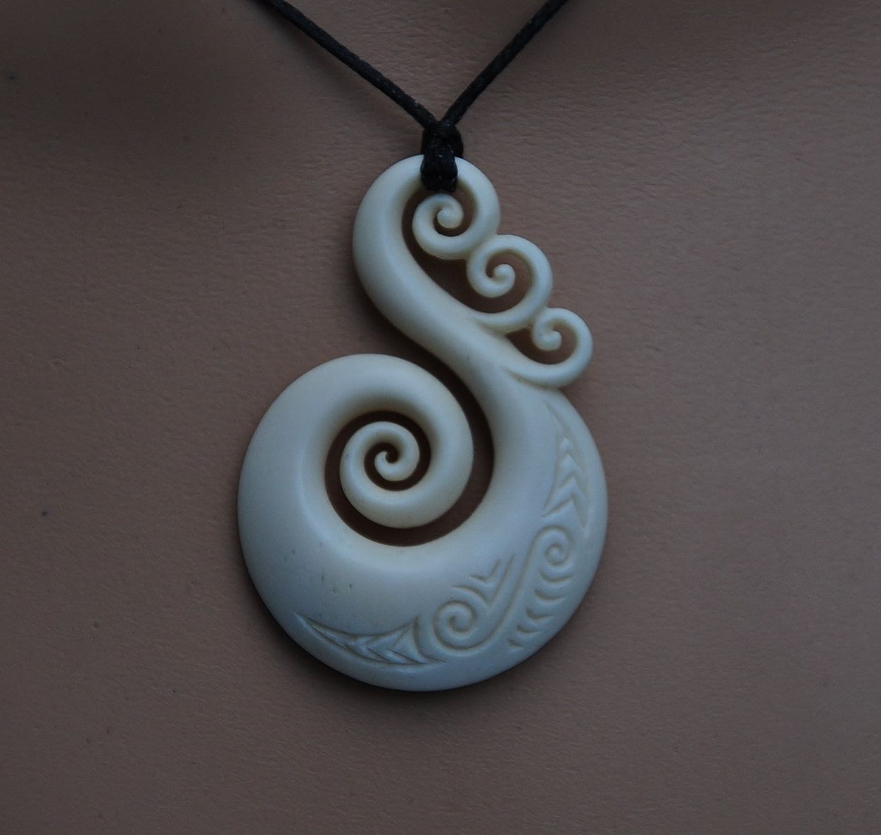 Bone Koru Maori Unity Symbol Hand Carved And Engraved Quilled Jewellery Ceramics Pottery Art Carving