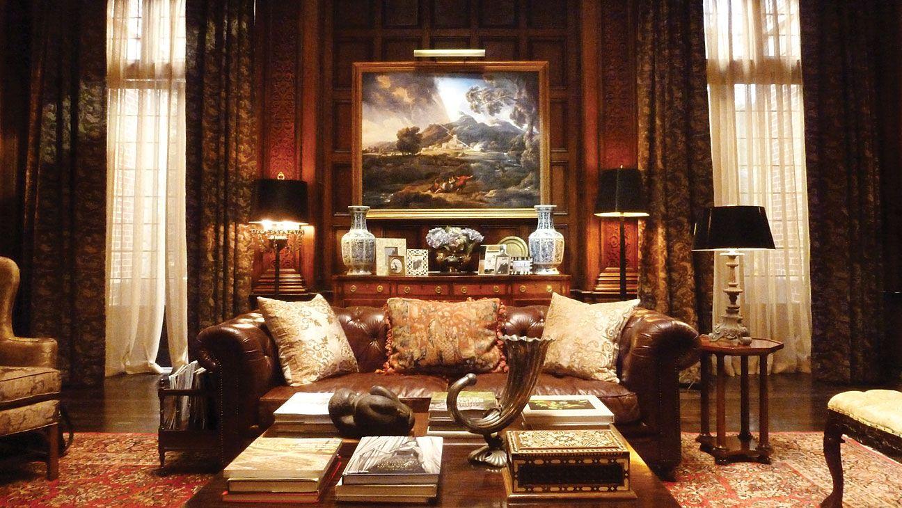 Secrets of 'Gotham's' Set Inside Wayne Manor, Fish Mooney
