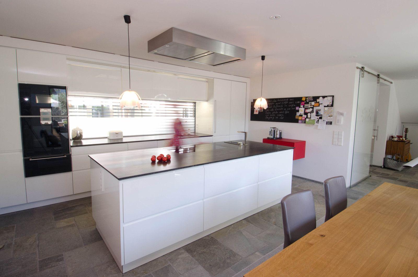 Wohnkuche Hacker Woont Love Your Home Wohnung Kuche Wohnkuche Kuchen Ideen Modern