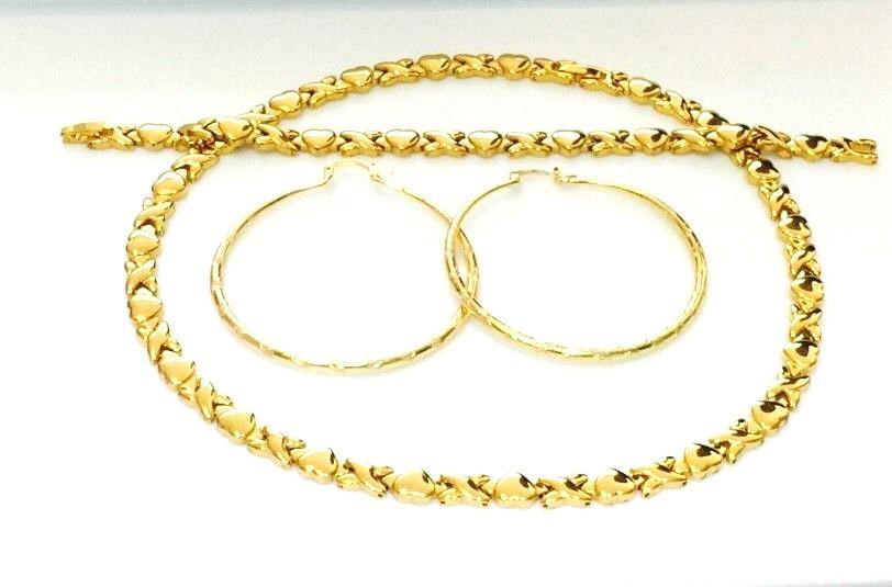 "2 Tone Hugs And Kisses Stampato Necklace /& Bracelet /& Hoop Earrings Set 18/"" XOXO"