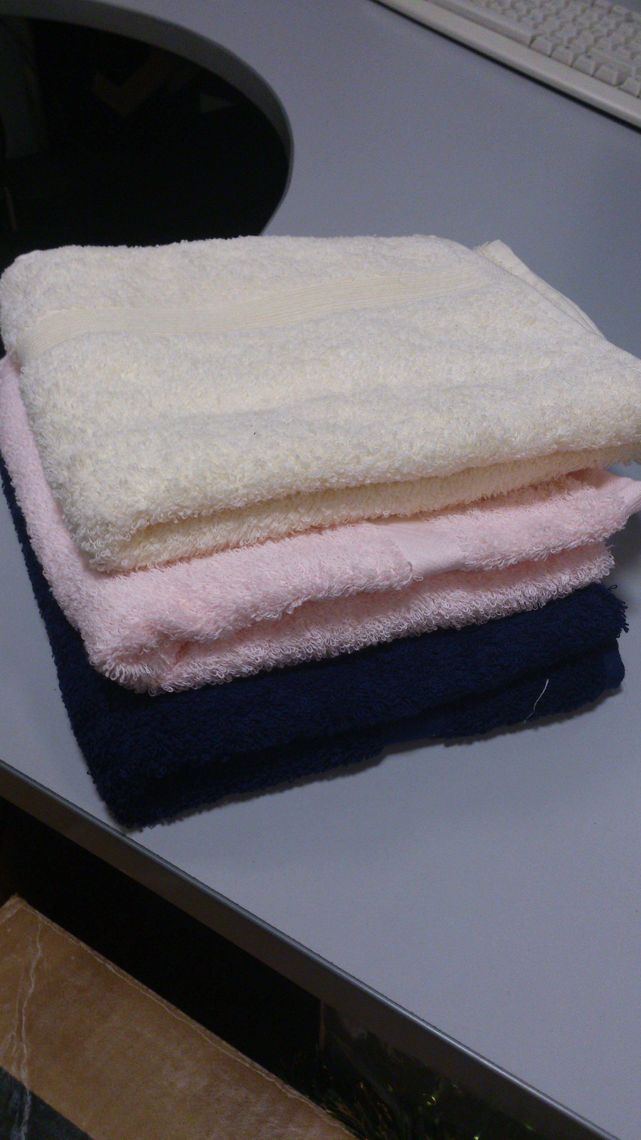 Set de 3 toallas de mano varios colores Cod 2197