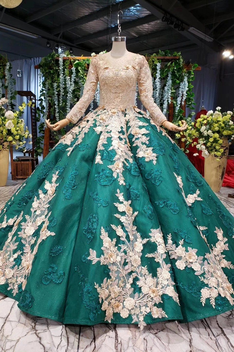 Ball gown long sleeve satin beads prom dresses