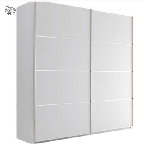 echange armoire blanche avec porte coulissante contre tondeuze