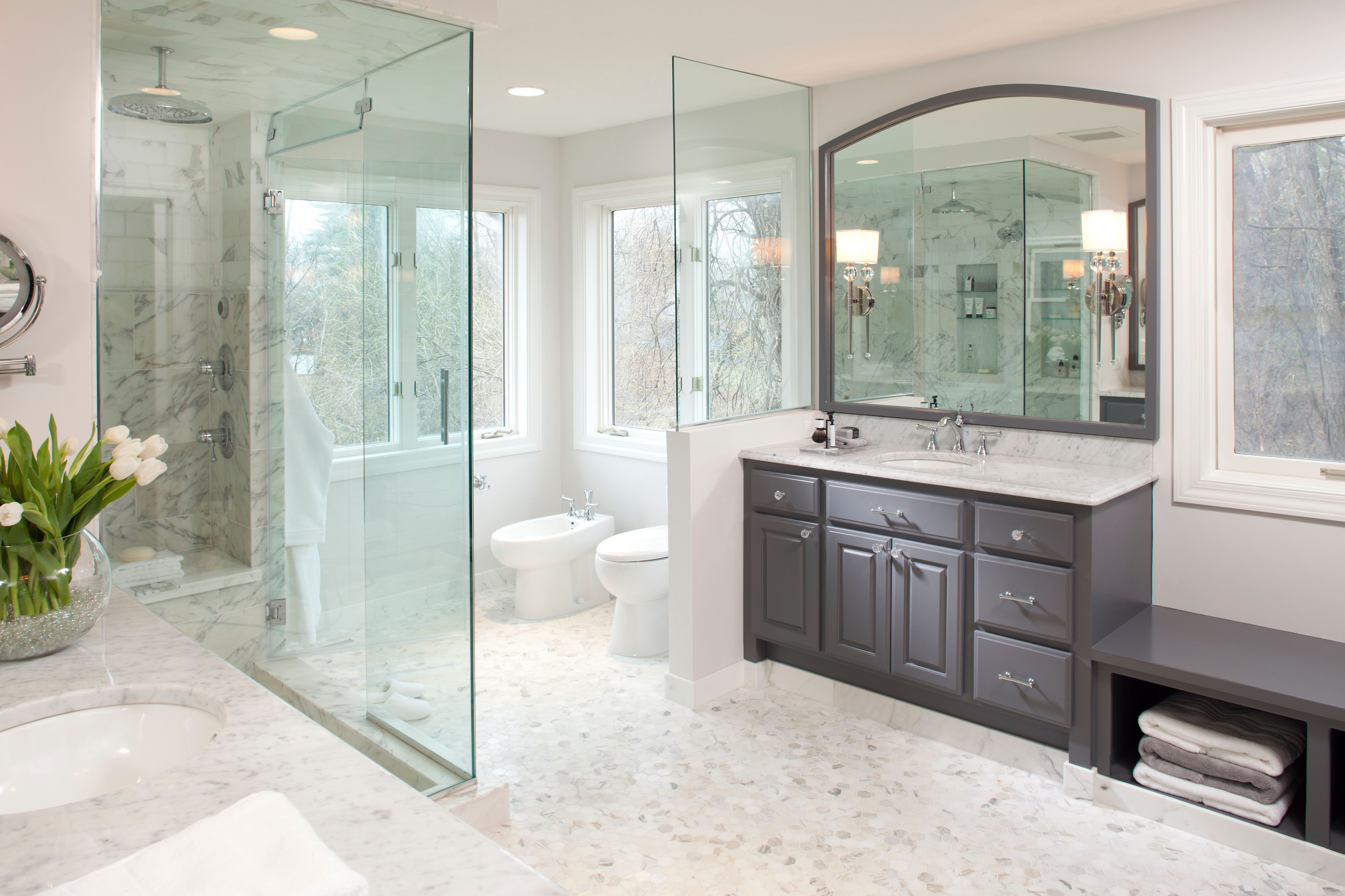 Bathroom Renovations Hgtv Makeovers Luxury Bathroom Bathroom Mirror Chic Bathroom S Bathroom Remodel Cost Budget Bathroom Remodel Bathroom Interior