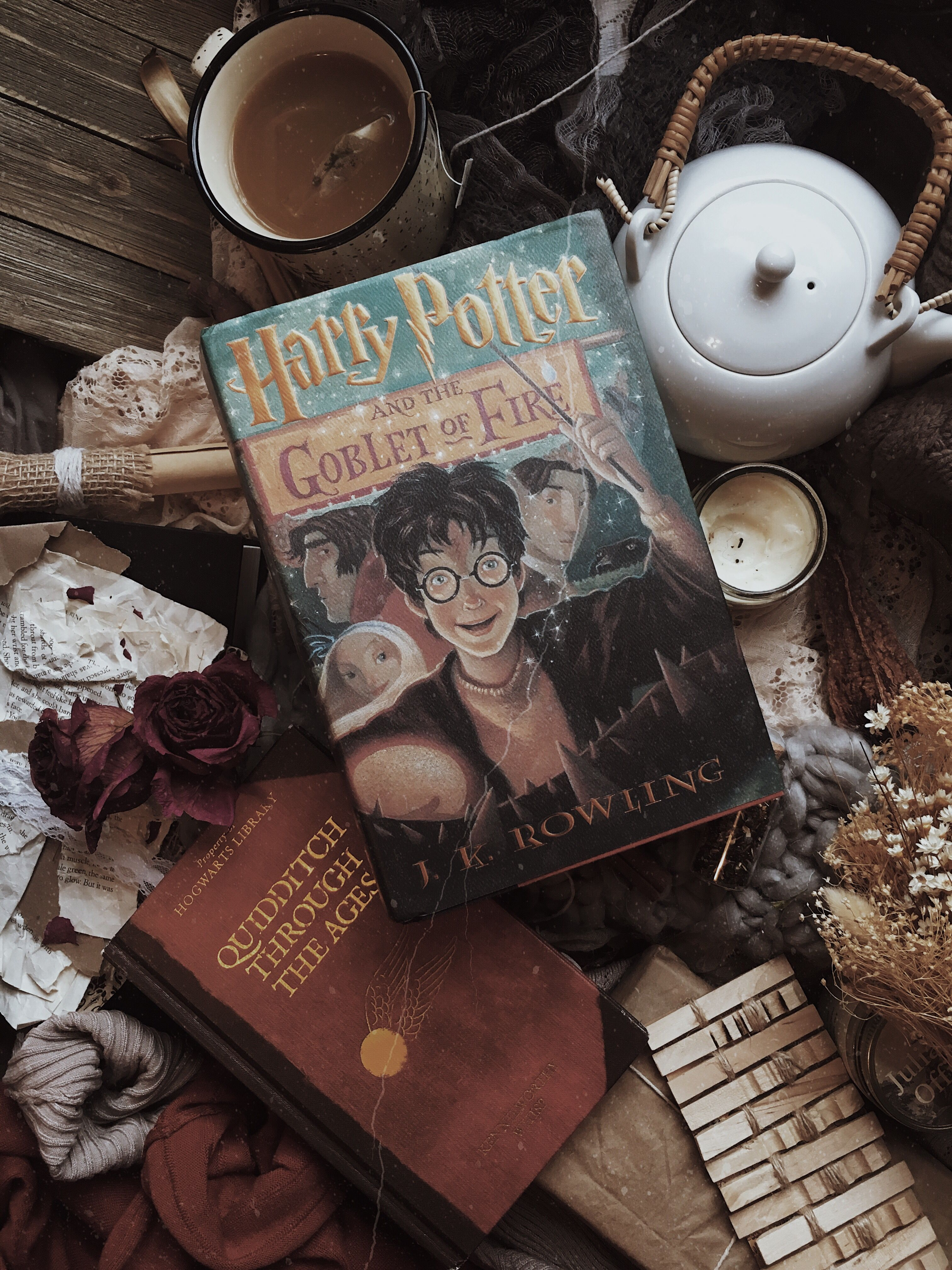 Harry Potter Time For Another Marathon Harry Potter Wallpaper Harry Potter Aesthetic Harry Potter Pictures