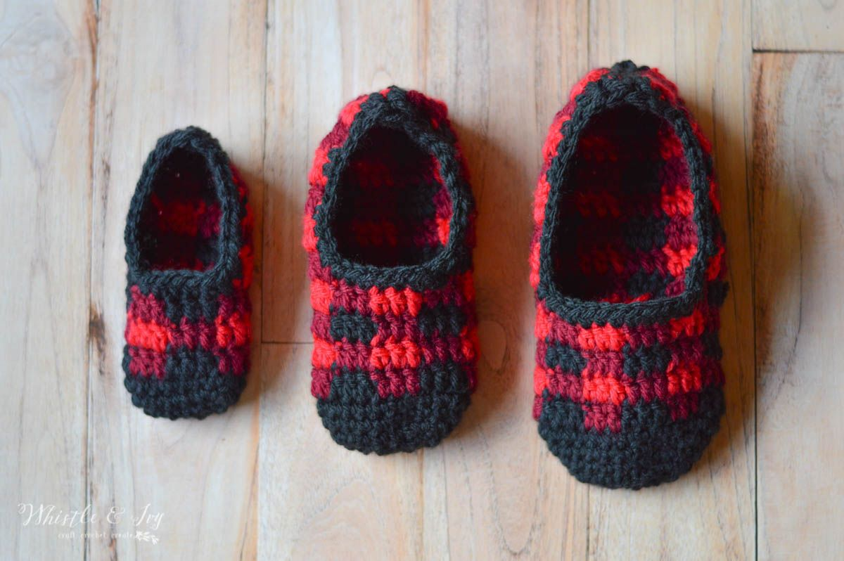 Crochet Plaid Slippers - Free Crochet Pattern (For the Whole Family ...