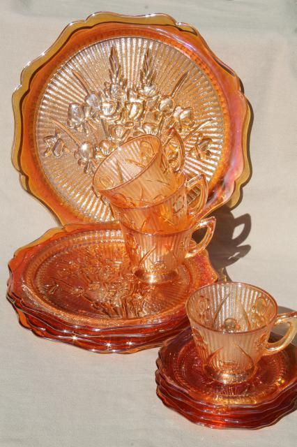 Large Jeanette depression glass marigold color Iris /& Herringbone Plate VINTAGE amber carnival glass