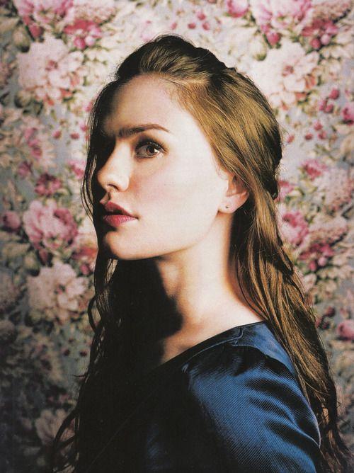 Anna Paquin in 2002
