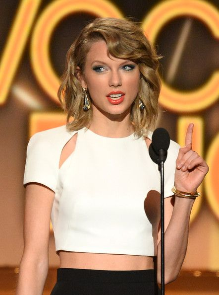 Taylor Swift - 49th Annual Academy Of Country Music Awards - Show