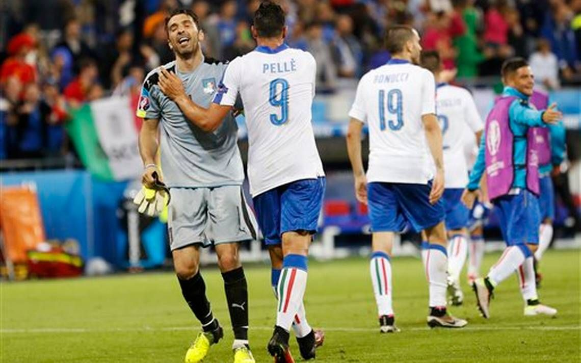 Spain, Italy turn on the style at Euro 2016 #iNewsPhoto