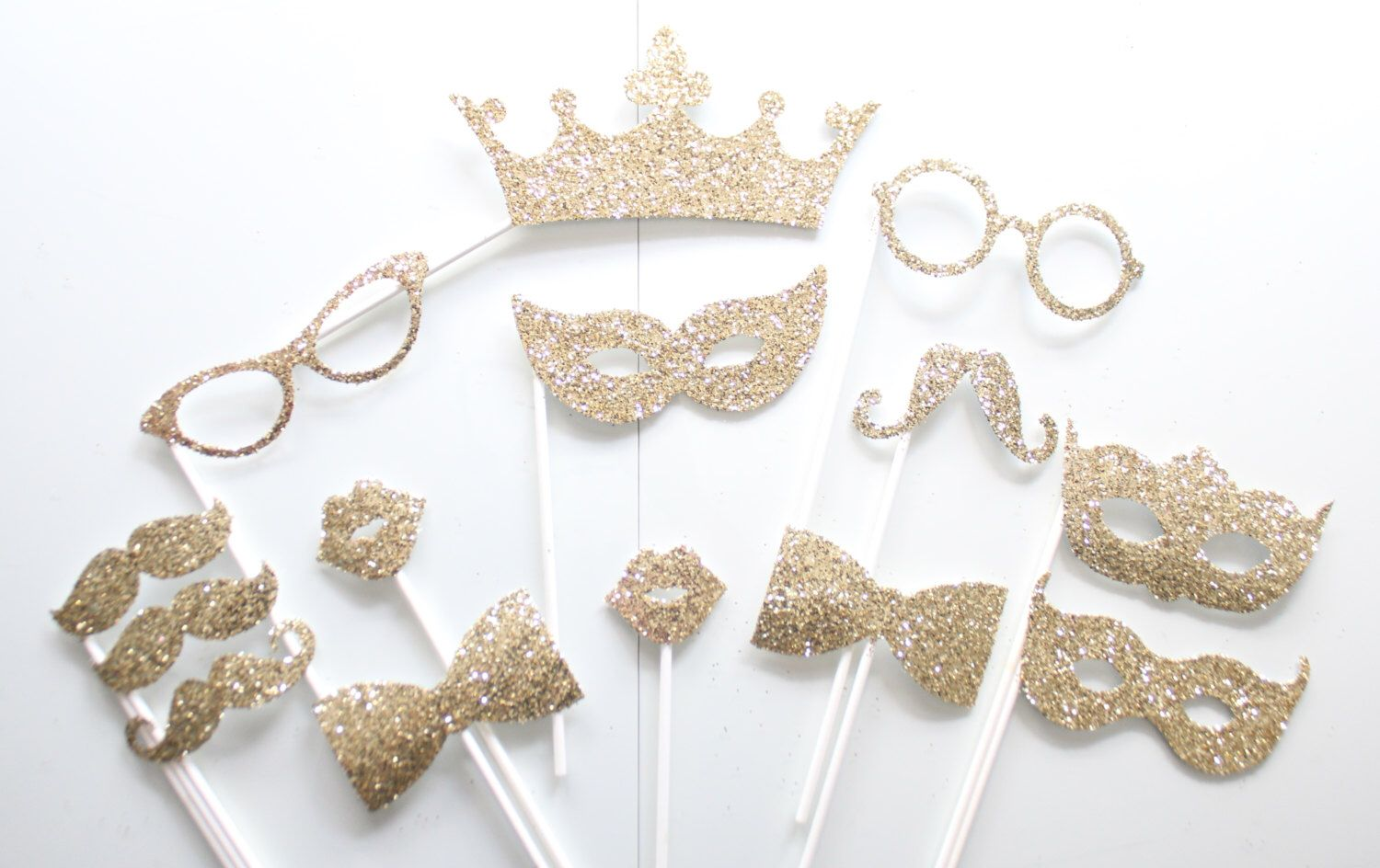 14Pc *Glitter Photo Booth Props/Photobooth Props by ThePartyGirlStudio on Etsy https://www.etsy.com/listing/233631709/14pc-glitter-photo-booth-propsphotobooth
