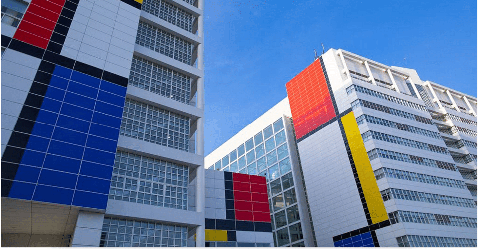 To celebrate the 100th anniversary of the De Stijl movement, Richard Meier's only project in the Netherlands is getting an extremely Dutch treatment.