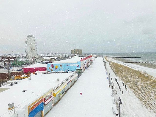 Ocean City Nj Is Currently A Winter Wonderland Via Robkellysurf Iloveocnj Ocnj Oceancity Oceancitynj Snow Nj Newjersey Ocean City Nj Ocean City Ocean