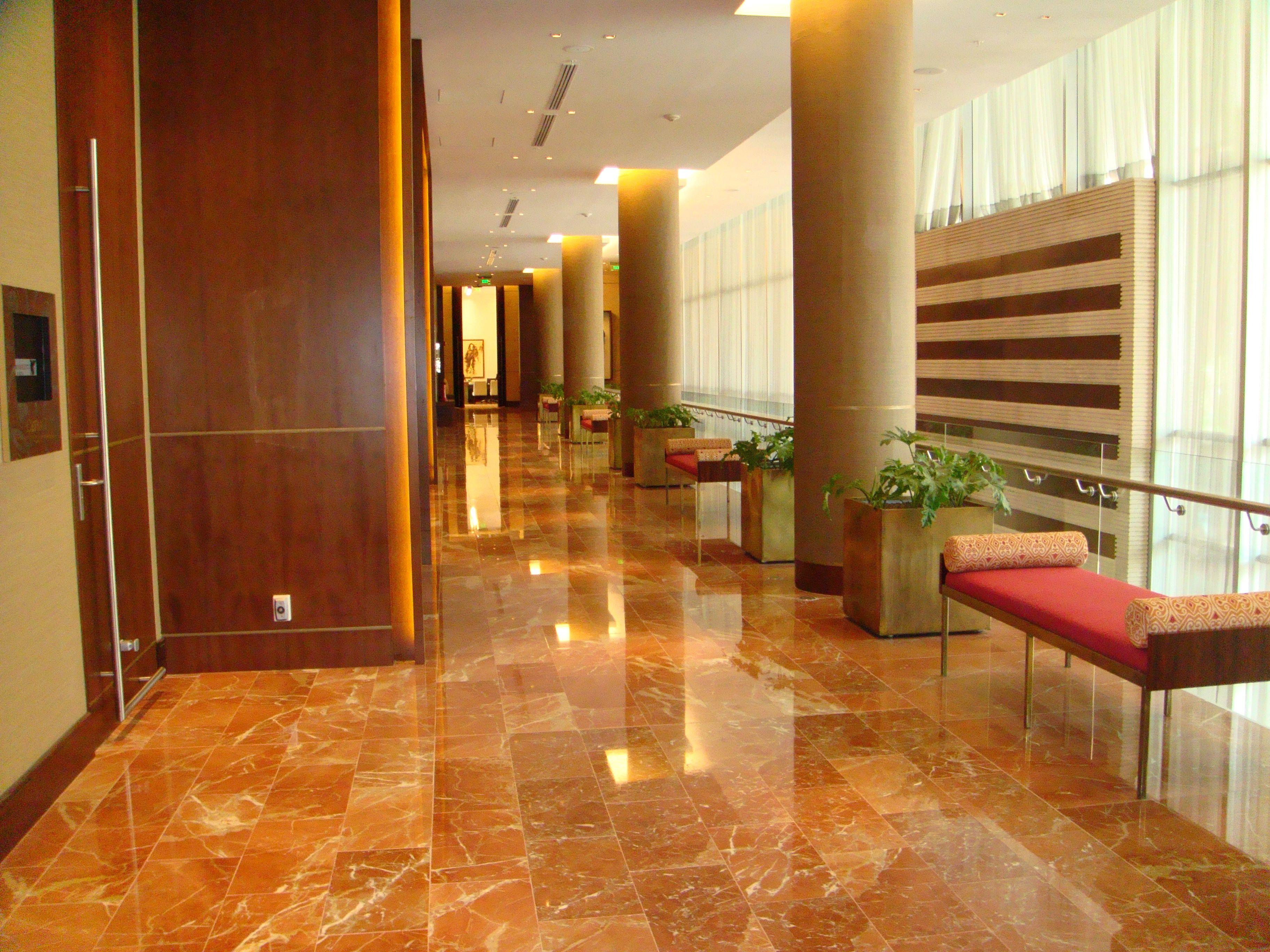 jw marriot bogota pisos en marmol rojo alicante brillado