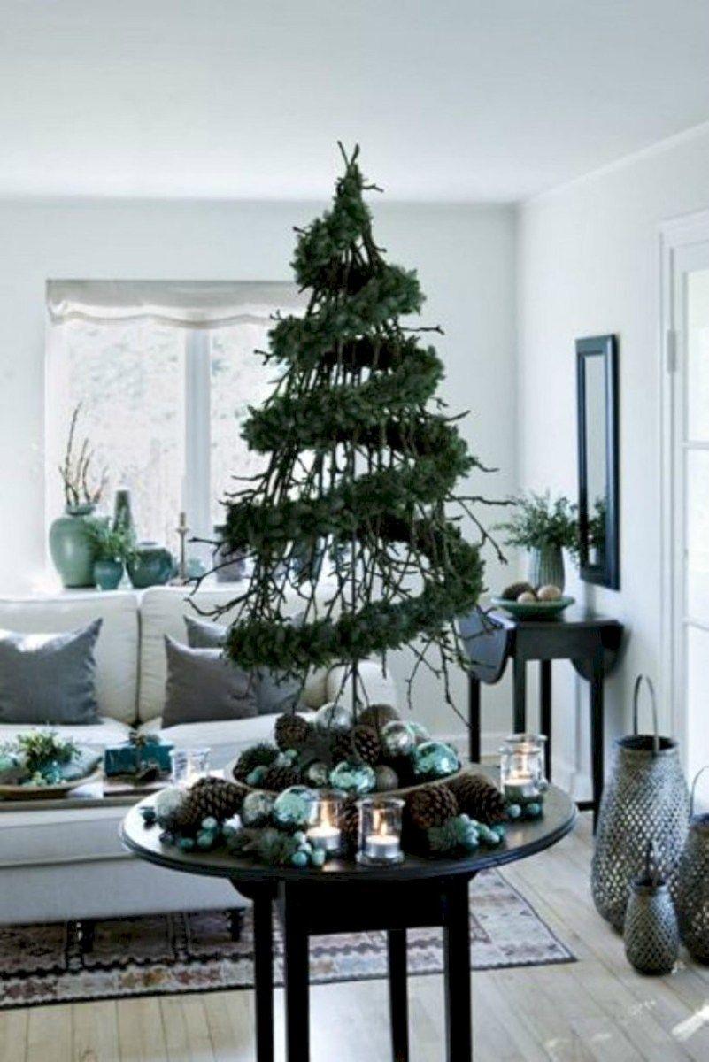 31 Beautiful Scandinavian Christmas Tree Decoration Ideas Roundecor Scandinavian Christmas Decorations Alternative Christmas Tree Christmas Decorations