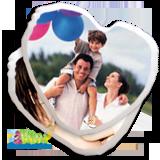 Personalizza subito un bellissimo cuscino cuore anche con 2 foto differenti! Crea un oggetto da regalare al tuo amore con 2 delle vostre foto piu' romantiche!