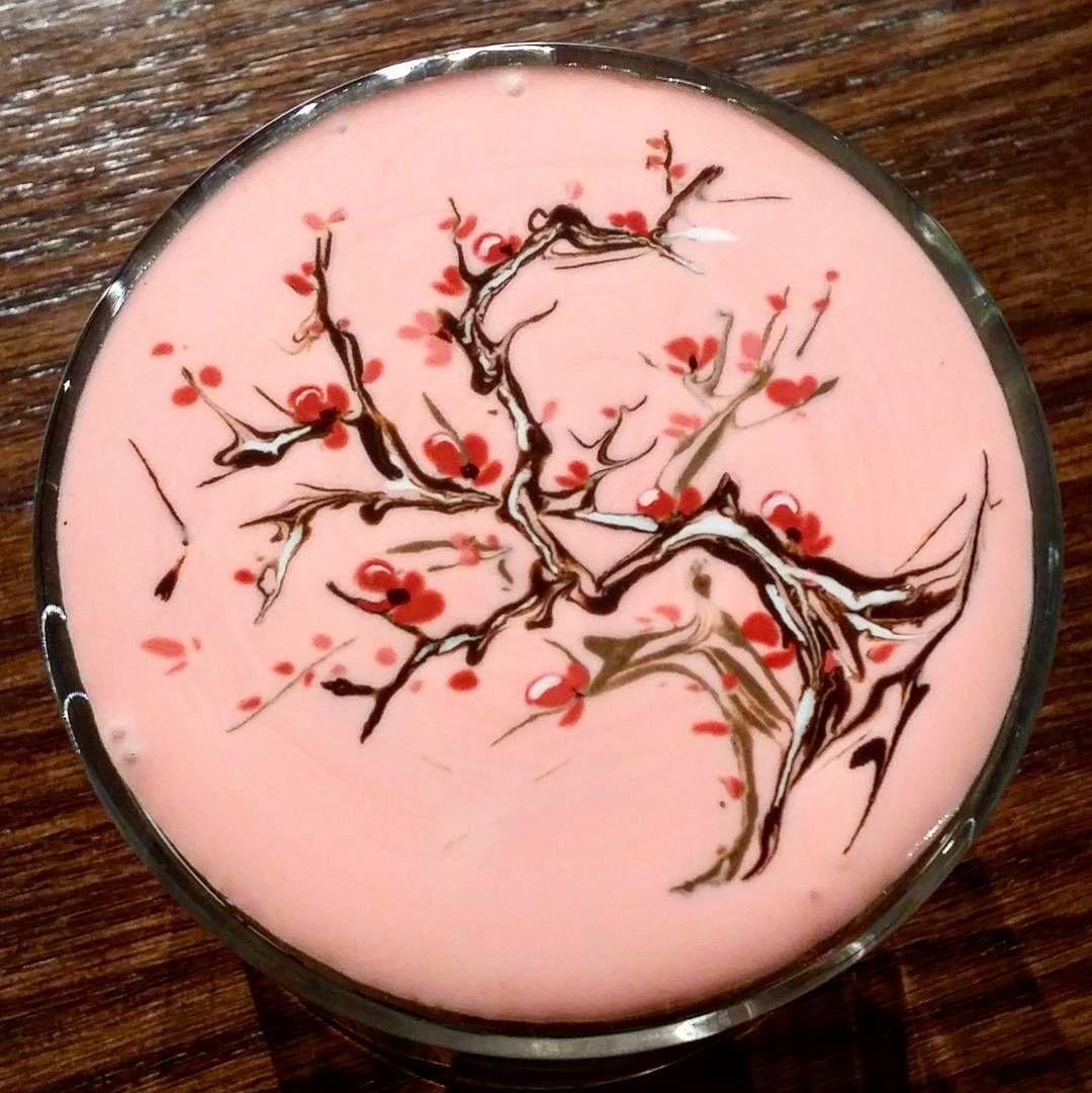 [한남동 카페]  라떼 + 크리마트(creamart) @쿠자쿠자  #크림아트 #쿠자쿠자 #라떼 #꽃 #커피 #카페 #예쁜카페 #한남동 #한남동카페 #서울 #그래도아메리카노  #latteart #latte #creamart #coffee #cafe #flower #art #spring #blossom #korea #seoul #cuzacuza