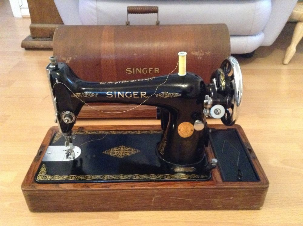 Singer Sewing Machine, Barn Find, Collectors, Eb844002