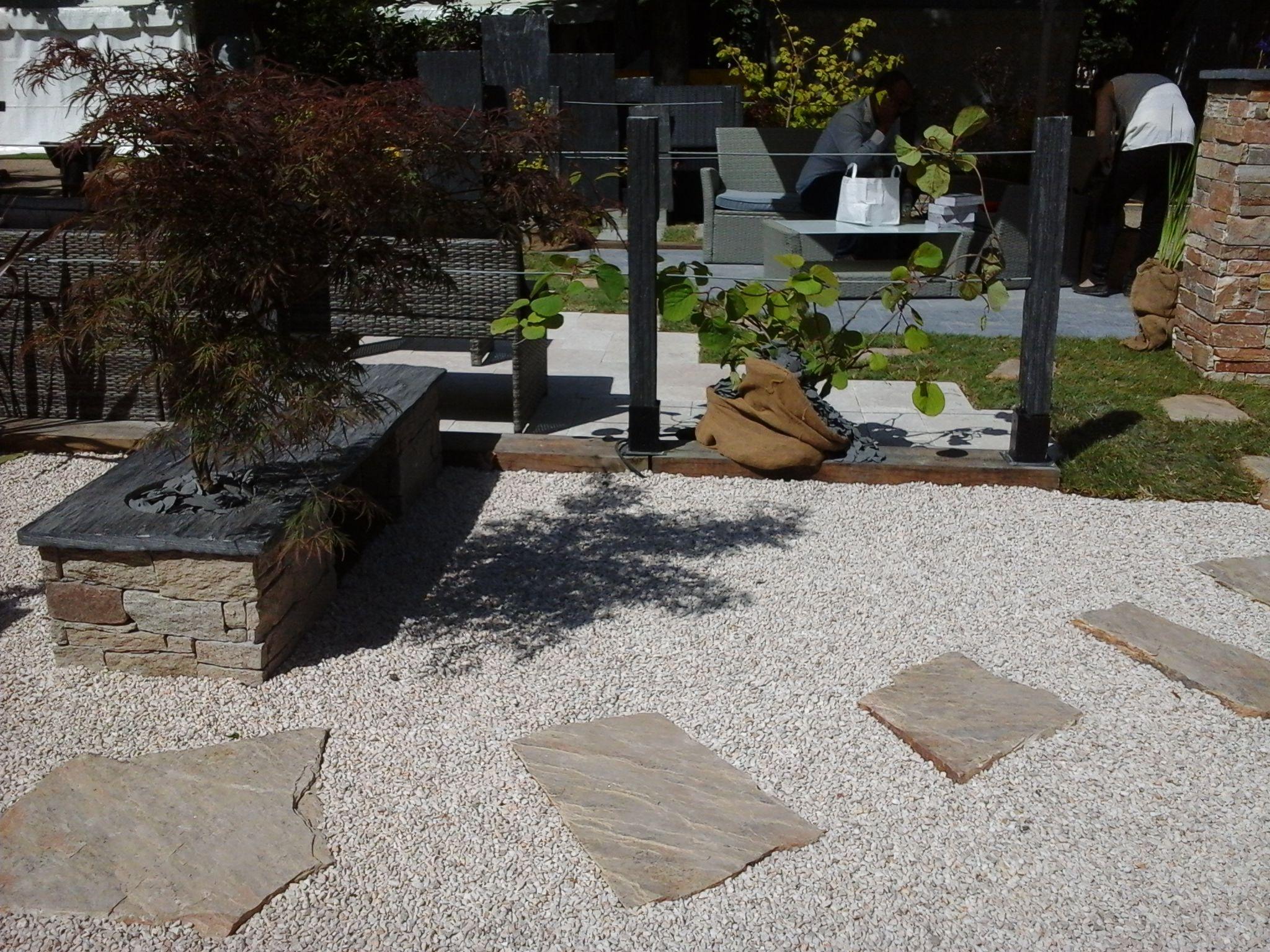 Pas Japonais Du Gneiss Saint Yrieix Et Graviers Cupa Stone