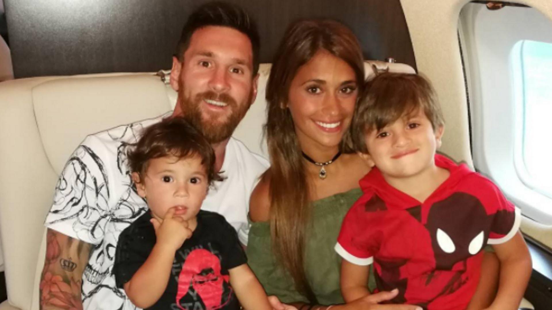 La Foto Más Tierna Y Divertida De Antonela Roccuzzo Embarazada Esposa De Messi Lionel Messi Tercer Embarazo