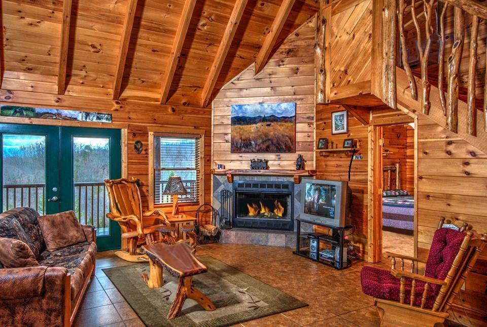 Vrbo Com 469566 1 Of A Kind Log Cabin Incredible 360 Views Completely Private Tn Very Beautiful Roman Show Cabin Log Cabin Interior Log Cabin Furniture