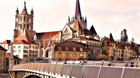 ¿Dinero gratis? Una ciudad europea paga por vivir en ella