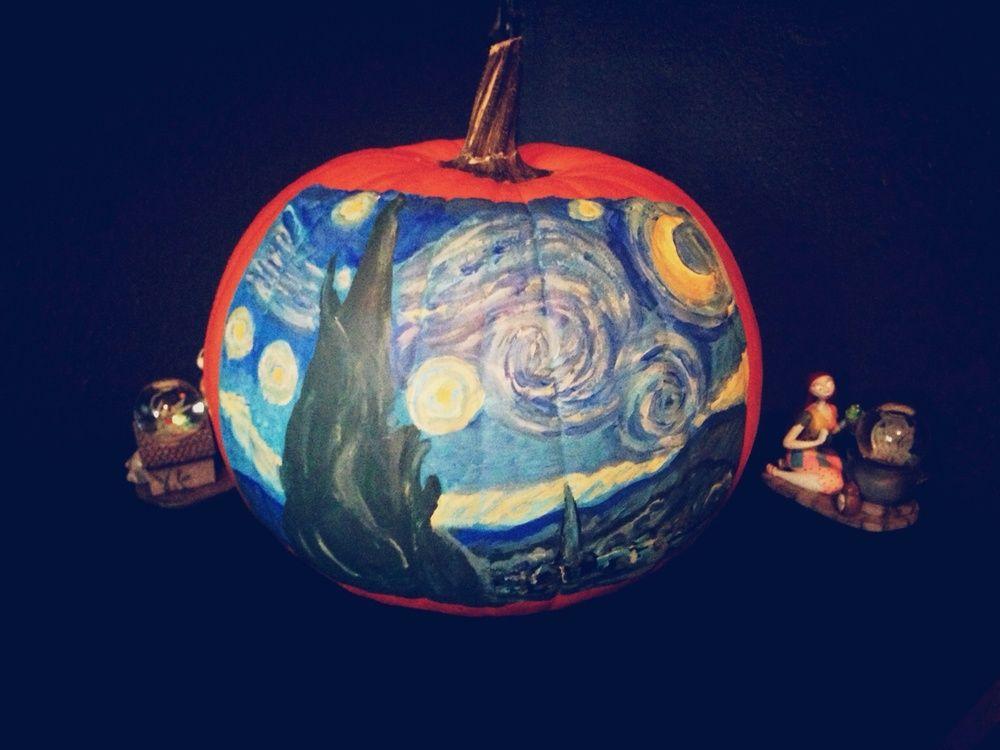 """Van Gogh """"Starry Night"""" pumpkin painting Painted"""