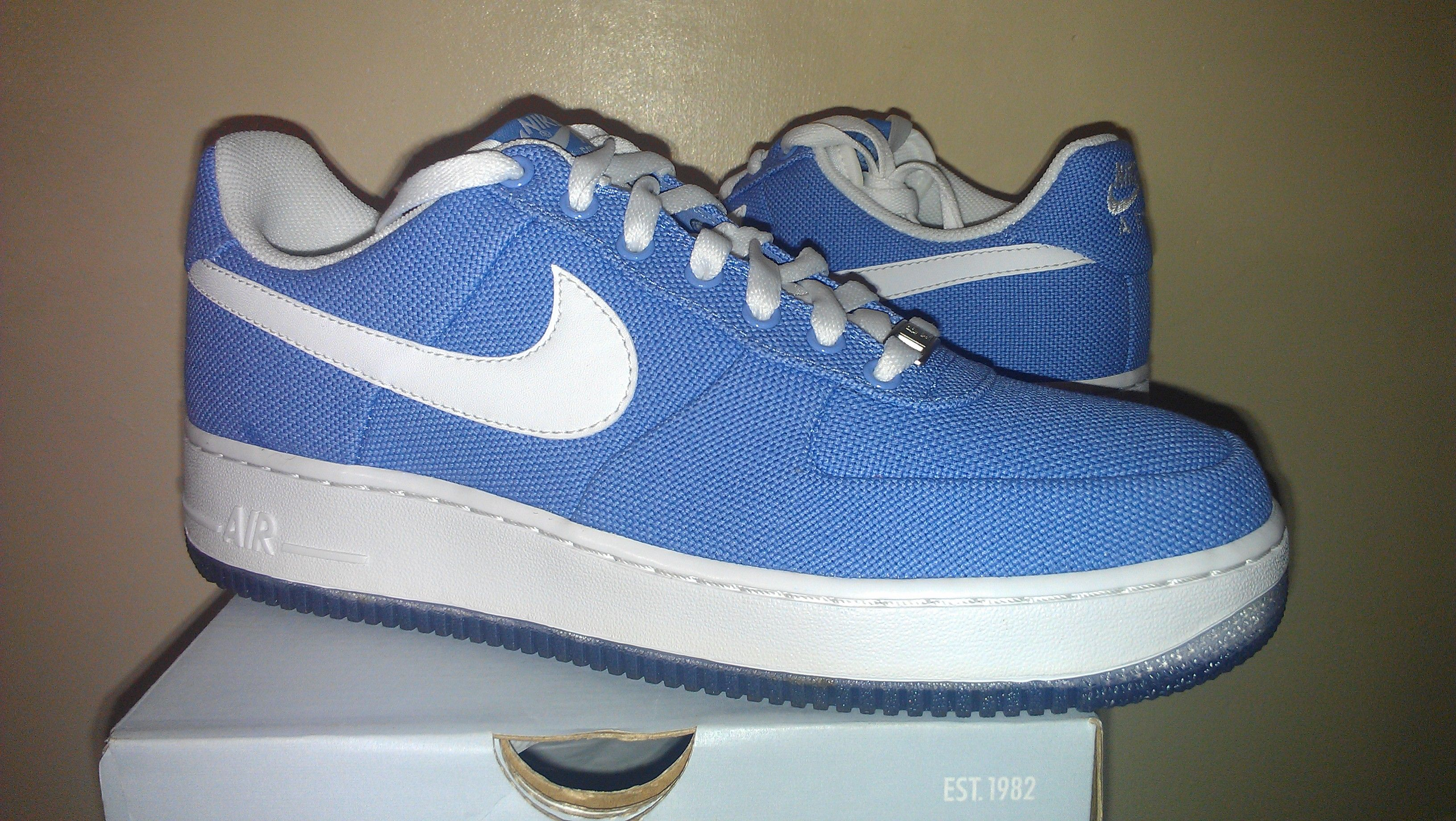 8daebe436b2cc4 WMNS Nike Air Force 1 Low Canvas Sneakers  80.00
