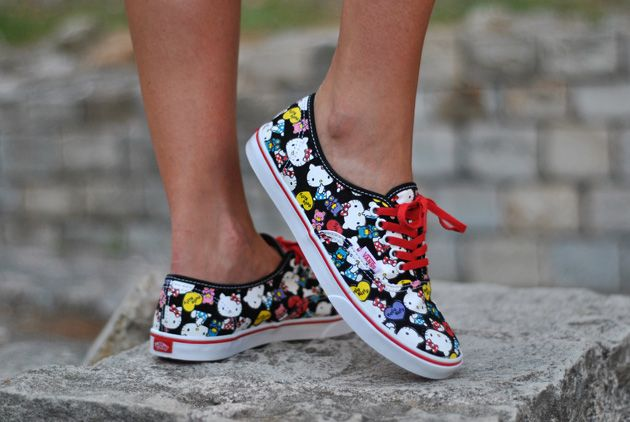 Vans Hello Kitty   Vans authentic sneaker, Vans, Shoes