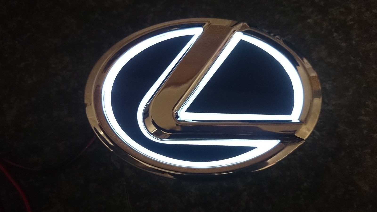 Illuminated Led Emblem Badge Clublexus Lexus Forum Discussion In 2021 Lexus Logo Lexus Car Badges