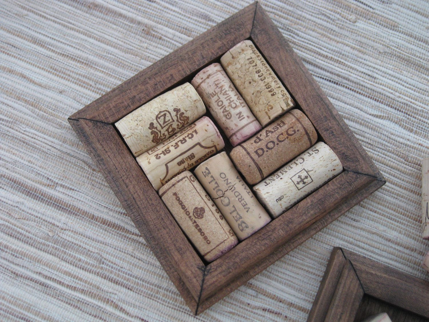 Crafts with wine corks diy wood coasters reclaimed for Diy wood crafts